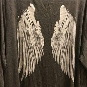torrid Tops - Torrid Angel Wings Super Soft V-Neck Size 3